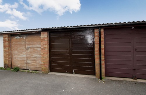 Garage 5, Nursery Gardens, Brentry
